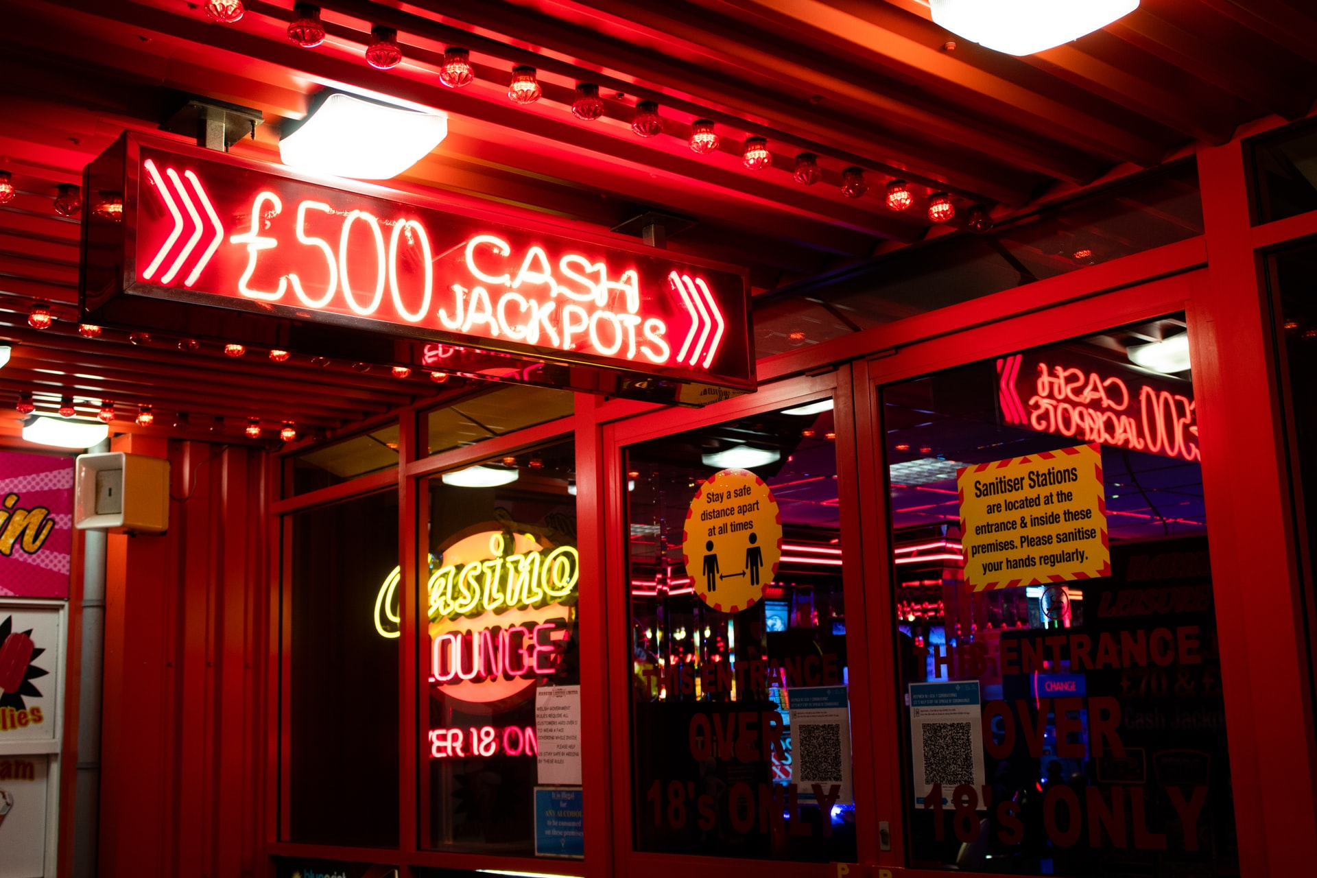 Read more about the article Can You Guess The Oldest Casinos In The World?